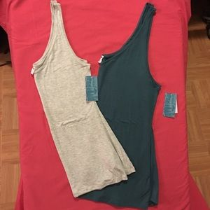 2 Old Navy tank tops